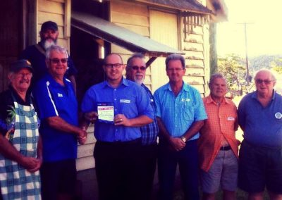 MP supports Menshed in Innisfail